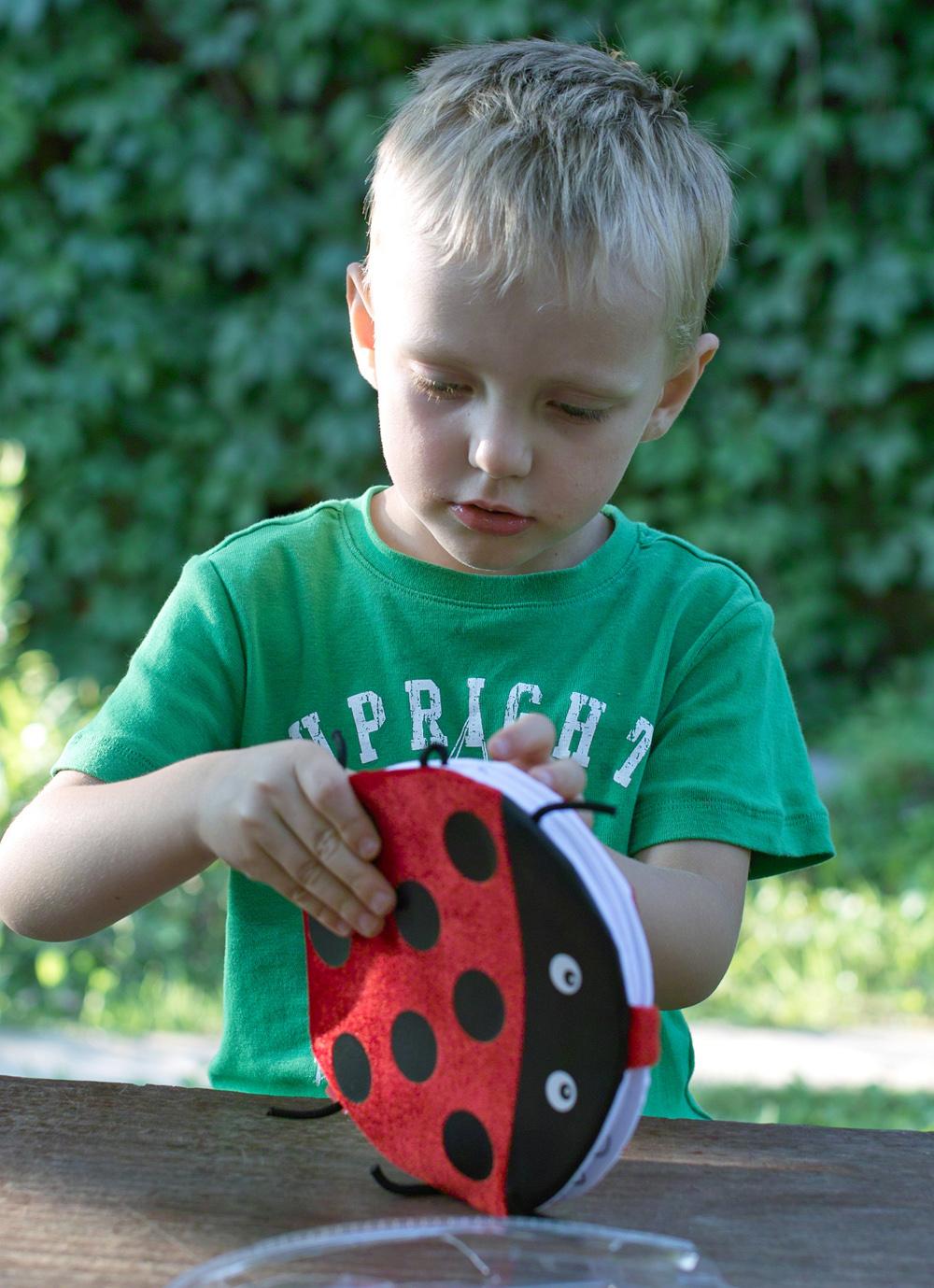 Проверено Мамой.ру: игрушка-раскраска 3