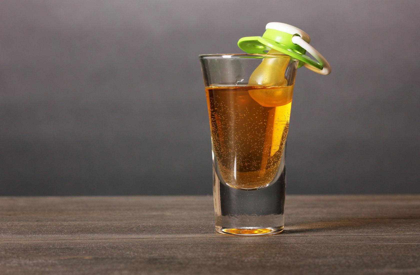 Можно ли беременным и кормящим употреблять алкоголь